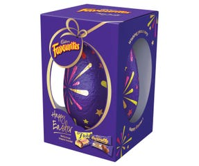 Cadbury Favourites Egg Gift Box 415g